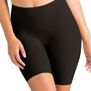 SPANX 1054 Thin stincts Shaping Shorts BLACK